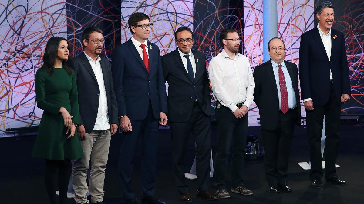 ERC dice 'no' a investir a Puigdemont si gana Junqueras y Cs se topa con un muro para poder gobernar