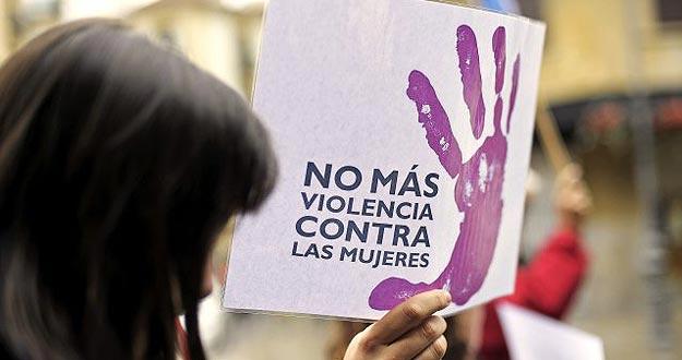 Foto de un cartel contra el maltrato