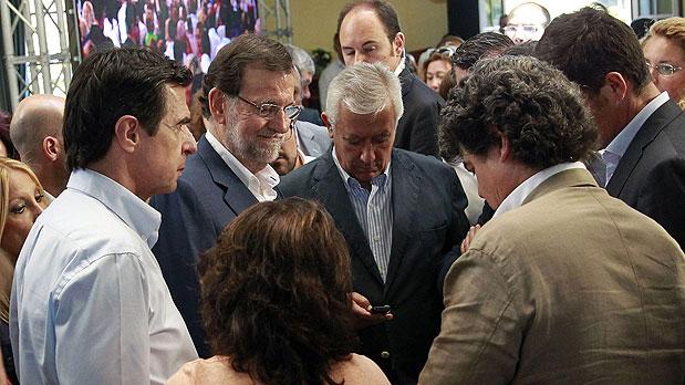 Los partidos políticos suspenden la campaña electoral este sábado por el accidente aéreo en Sevilla