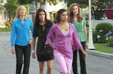 Lynette, Bree, Susan y Gaby