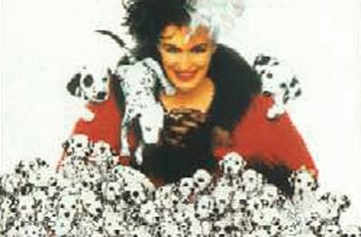 Glenn Close es la malvada Cruella de Vil en esta película